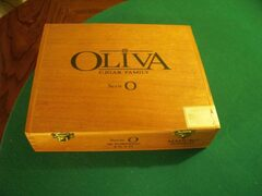 Oliva Serie O Cigar Box Collectible